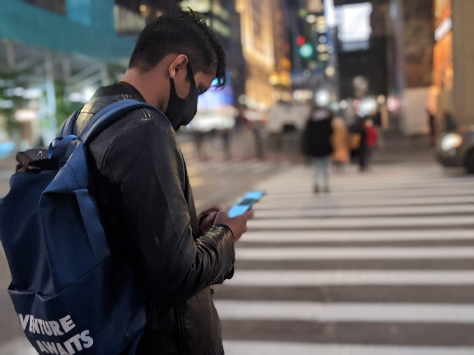 Tanveer files a 2020 US presidential elections update on his cell phone from New York